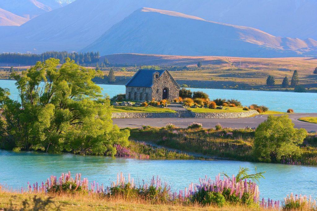 Nueva Zelanda Lago Tekapo Pixabay - Seguir Viajando Agencia de Viajes