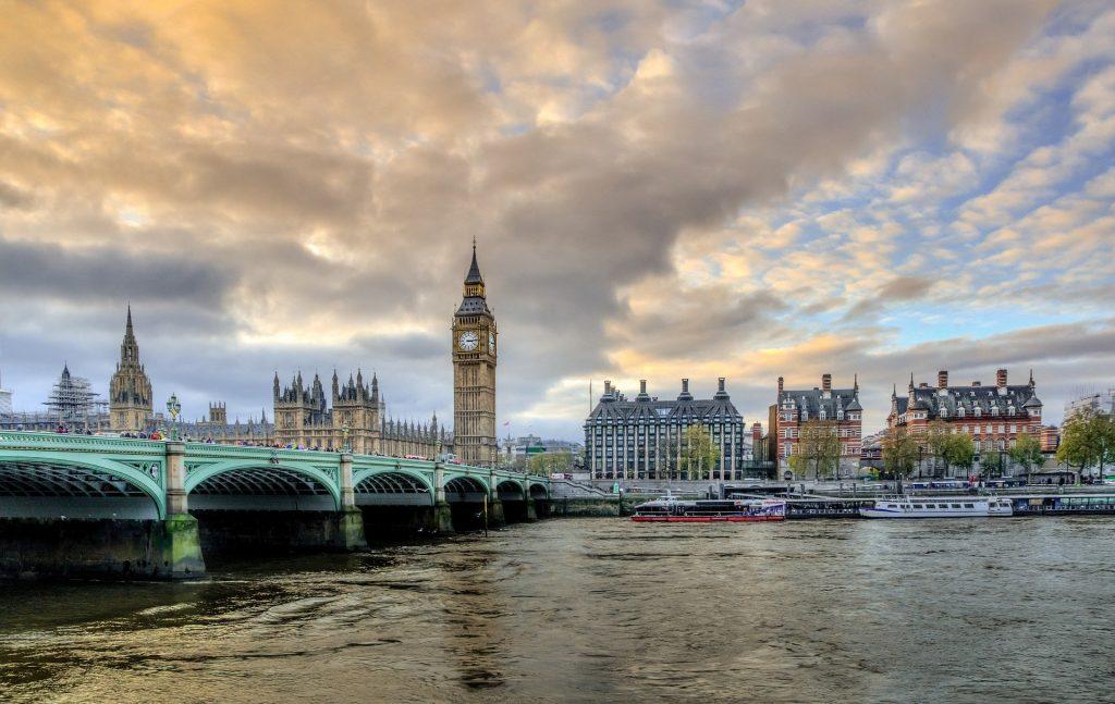 Viaje Londres y París - Seguir Viajando Agencia de Viajes